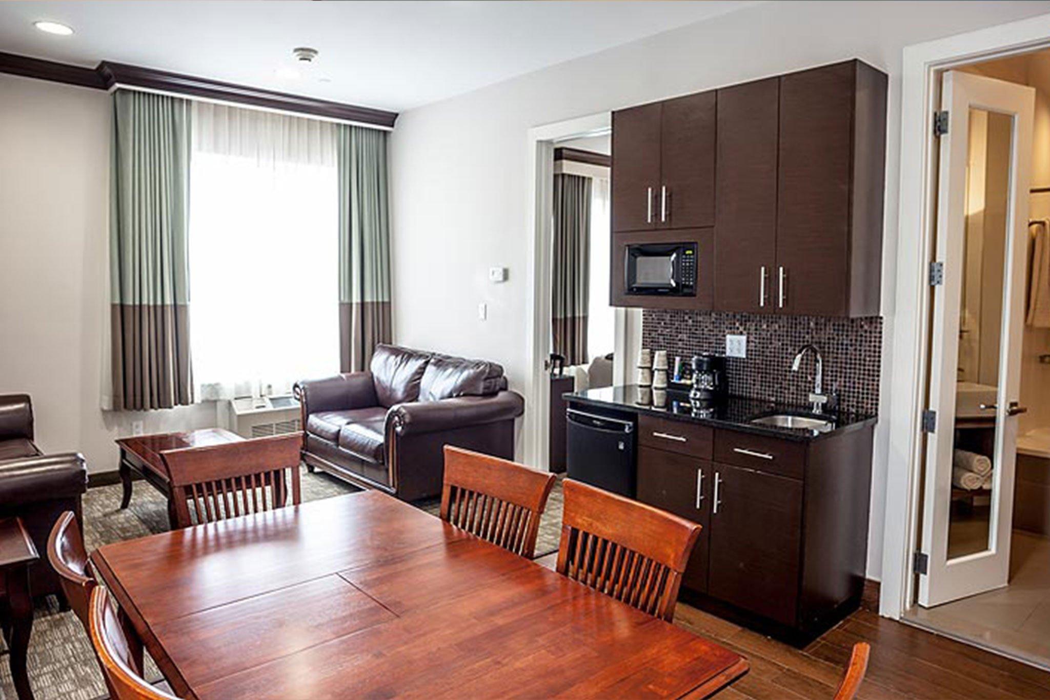 Luxury Suite Living 1