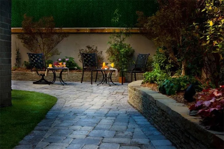 garden at condor hotel
